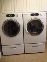 Samsung Washer & Electric Dryer with Pedistals in Conroe, Texas