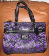 Coach purse w/ matching wallet - excellent condition! $70 in Okinawa, Japan