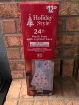 "24"" Prelit Tree with Lighted Base in Alamogordo, New Mexico"