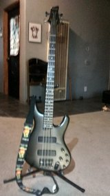 Ibanez 4 string bass guitar in 29 Palms, California