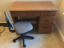 Desk and Chair Great Deal! in Aurora, Illinois