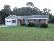FOR RENT- 4 bedroom, 2 bathroom, ranch-style house in Beaufort, South Carolina