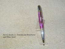 HANDMADE SIERRA STYLE TWIST PEN GOLD AND TITANIUM TRANSPARENT STRAWBERRY W/ WHI in Fort Campbell, Kentucky