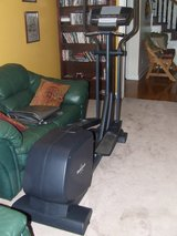 NordicTrack CX 925 Elliptical Workout Machine in Warner Robins, Georgia