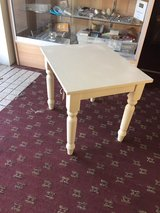 Vintage Shabby chic Table in Warner Robins, Georgia