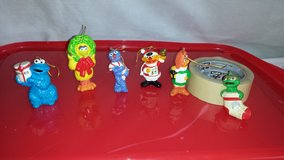 COLLECTIBLE MUPPETS SESAME STREET CHRISTMAS ORNAMENTS in Palatine, Illinois