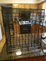 Wire crate kennel in Batavia, Illinois