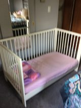 Crib/Toddler Bed in Naperville, Illinois