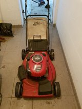 "Craftsman 190cc 22"" Cut Lawnmower w Clean Dust Blocker Bag in Ramstein, Germany"