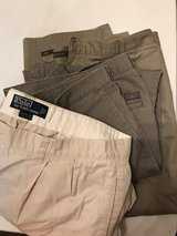 3 pr. men's pants in Byron, Georgia