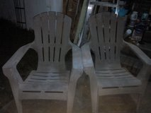 2 lounge chairs in Camp Lejeune, North Carolina