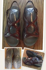 Merrell Agave Brown sandals size 7 - New in DeKalb, Illinois