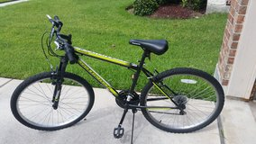 Men's Roadmaster Bicycle in Baytown, Texas