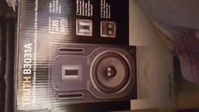 Behringer Truth B3031A Monitor Speakers in Yucca Valley, California