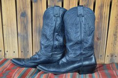 Vintage Nocona Cowboy Boots 9 1/2 D   *lower price* in Alamogordo, New Mexico