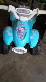 girls  frozen scooter in Bolingbrook, Illinois