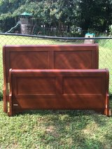Queen Size Wooden Sleigh Bed in Fort Campbell, Kentucky