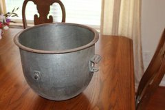 20 Qt Galvanized Steel Mixing Bowl in Spring, Texas
