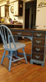 Cute desk with chair in Chicago, Illinois