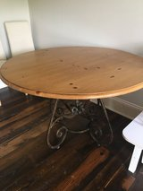 Table w/Iron Base (round) in Fort Campbell, Kentucky