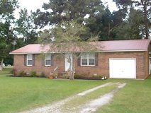 826 Deppe Road, Maysville in Camp Lejeune, North Carolina