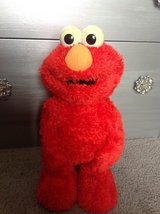 Vitange TMX Tickle Me ELMO in Fort Campbell, Kentucky