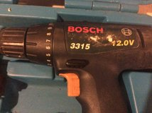 Bosch drill with case 2 batteries in Fort Campbell, Kentucky