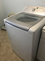 Whirlpool Cabrio washer in Fort Campbell, Kentucky