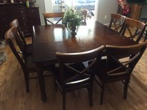 8 seat Dining room set in Fort Campbell, Kentucky