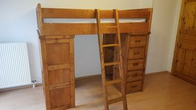 Childs Bunk Bed - Great Condition - Lots of drawers & Storage - ETSing Must Sell in Ramstein, Germany