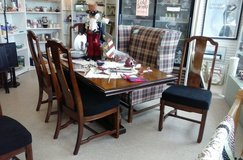 Long Wood Dining Table & 6 Chairs (1894-58) in Camp Lejeune, North Carolina