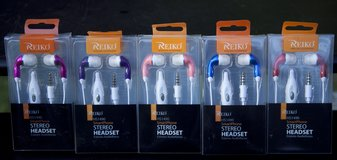 Reiko Smartphone Stero headset $5 a package in Cherry Point, North Carolina
