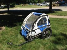 Bike trailer for kids in St. Charles, Illinois