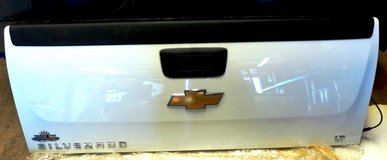 BRAND NEW TAILGATE CHEVY SILVERADO LT 2500 HD in Fort Bliss, Texas