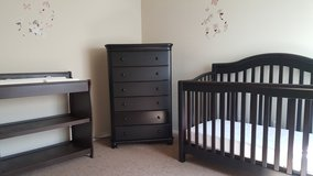Crib/Dresser/Changing Table in Las Vegas, Nevada