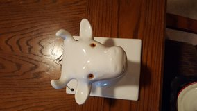 ceramic cow towel & apron hanger in Chicago, Illinois