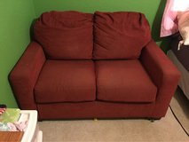 red couch in Fort Leonard Wood, Missouri