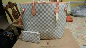 Louis Vuitton Speedy Tote in Cary, North Carolina