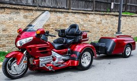 2008 Honda Goldwing Trike 6500 original Miles and red Cruiser Trailer in Arlington, Texas