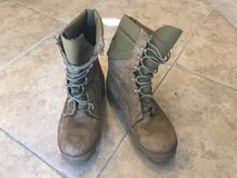 USMC Bates Boots size 10.5W in Lake Elsinore, California