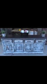 Buffet/cardenza/dresser/entry table in Hemet, California