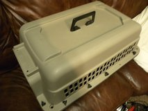 PET   TRANSPORT   KENNEL------ GRREAT CHOICE  Model   21452 in Camp Lejeune, North Carolina