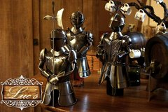 Knight Wine Bottle Toppers in Baumholder, GE