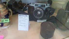 minolta rokkar vintage camera with original case in Warner Robins, Georgia