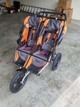Double BOB Duallie Stroller in Kansas City, Missouri