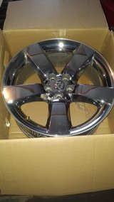 Chrome 20 inch wheels in Naperville, Illinois