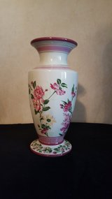 Laura Ashley Vase in Warner Robins, Georgia