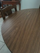 Round dining Table in Spring, Texas