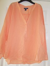 Ladies Top / Shirt size XL by Old Navy in Lakenheath, UK