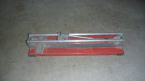 Tile cutter in Baumholder, GE